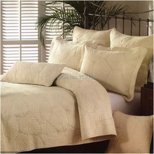 Sale  Water Wash Cotton Quilti Air Conditioning Summer Comforter Set 230*250cm With 2pcs Pillow Case 66*51cm White Beige Color
