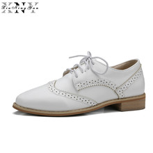 XIUNINGYAN Soft Leather Women Shoes Brogues Lace Up Flat Pointed Toe Patent Leather White Oxfords Women Casual Shoes for Women(China)