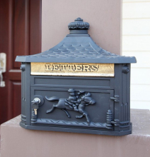 Black Apartment Vintage Garden outdoor mailbox multi-color Wall hanging Garden decorations Cast Iron postbox newspaper mailbox(China)