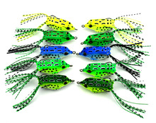 10Pcs/lot Frog lures Iscas Sapo Fishing Lure Soft Plastic Fishing Bait With Hook Top Water Artificial Fish Tackle 5.5CM 8G(China)