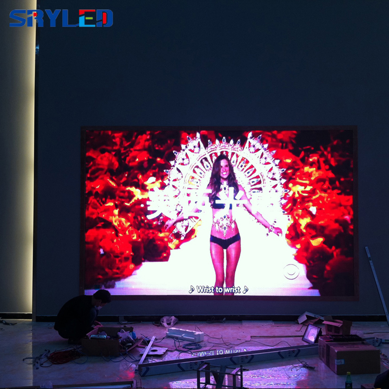 indoor led screen (114)