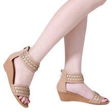 13a4b2215 Das mulheres do salto Liso Confortável Trançadas Cunhas Boêmio Sandálias  Zipper Ocasional Único Sapatos Sandales femmes