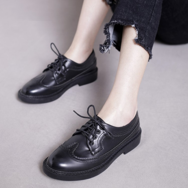 British Style Oxfords Shoes Women Leather Brogues Designer Vintage Flats Lace up moccasins 2017 Spring Ladies Casual Shoes Black<br><br>Aliexpress