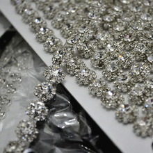 Free Shipping 5 yards Crystal Rhinestone Trim, Rhinestone Applique, Bridal Applique,Wedding Applique,Rhinestone Chain XML002