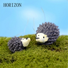 2pcs/lot Artificial mini hedgehog with red dot mushroom miniatures fairy garden gnomes moss terrarium resin crafts decorations(China)