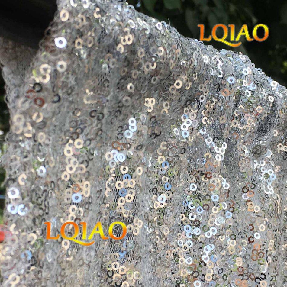 sequin backdrop silver-015