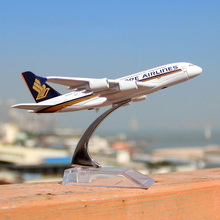 16cm Alloy Metal Singapore A380 Airlines Model Airbus 380 Airways Plane Model Stand Aircraft Party Gifts