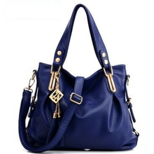 2017 new European and American fashion trendy handbags shoulder diagonal package leisure female student handbag shopping package