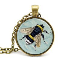 New Trendy Honey Bee Necklace Bumblebee On Blue Background Pendant Insect Photo Jewelry Glass Cabochon Pendants Necklaces