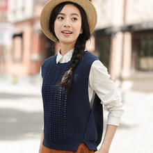 INMAN 2017 Women'S Autumn New Round Neck Sleeveless Knitted Vest Loose Sweater Vest All-match(China)