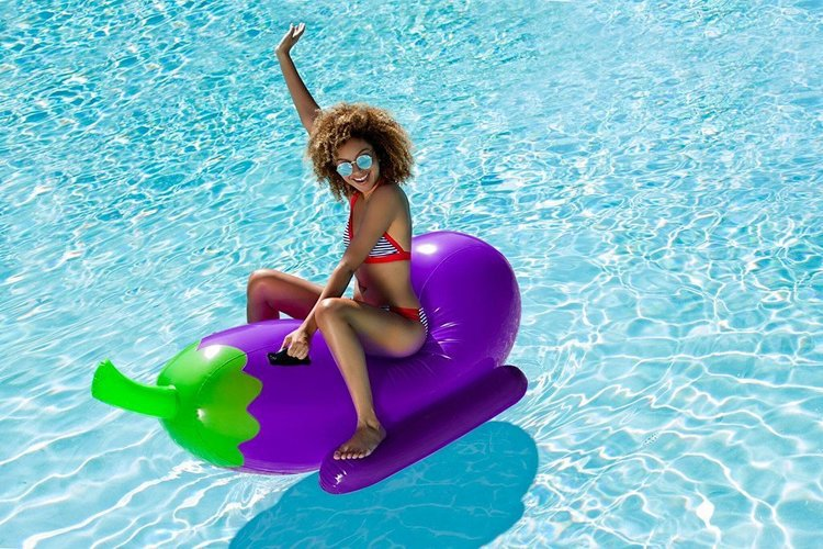 190cm Gaint Eggplant Inflatable Mattress Pool Float Toy Swimming Circle Ring Beach Sunbathe Mat Air Pad Buoy Party Toys<br><br>Aliexpress