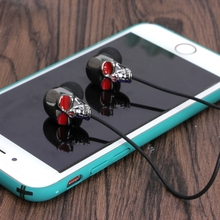Cool Skull Design Stereo Bass Earphone 3.5mm Earbuds In EarHeadphone For Mp3 Mp4 Mobile Phone Halloween Birthday Gifts
