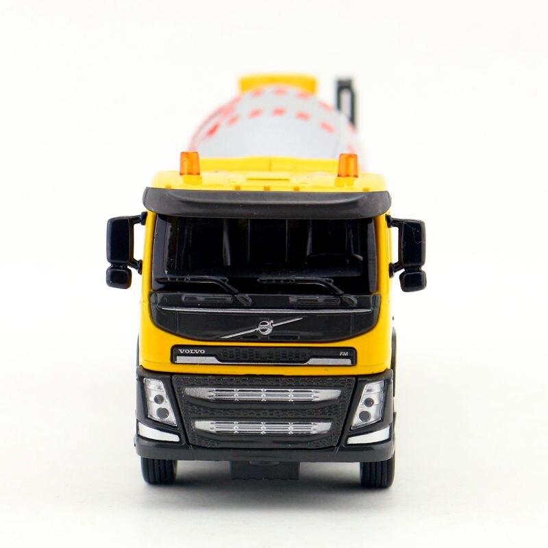 Volvo Cement Mixer Truck (6)
