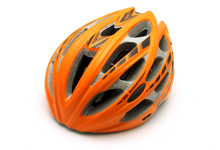 2015 New Ultralight Cycling Helmet Integrally-molded Road Mountain MTB Bike Bicycle Helmet Casco Ciclismo<br><br>Aliexpress