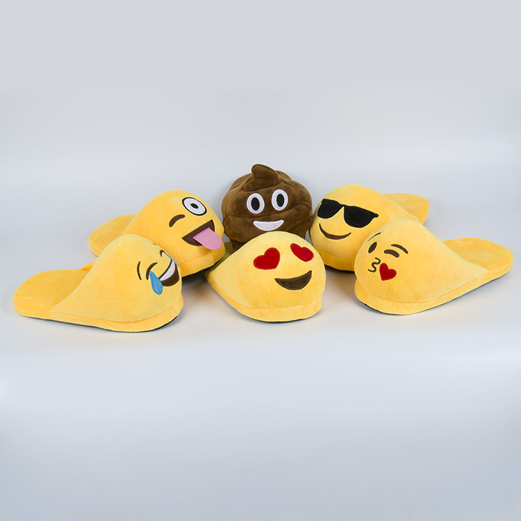 Emoji Slippers Women Men Cartoon Plush Home Slippers Cute Style Fashion Winter House Indoor Shoes Pantufa free shipping<br>