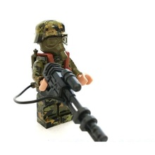 1pcs Spitfire soldier Guns Weapons Original Toy Swat City Police army Military Weapons Accessories Compatible lepin mini figures