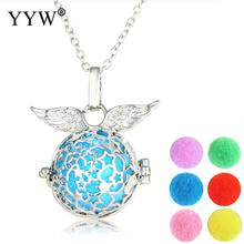 Angel Wings Perfume Locket Necklace Pendant Aromatherapy Lockets Essential Oil Diffuser Necklaces Perfume Locket for Women Gift