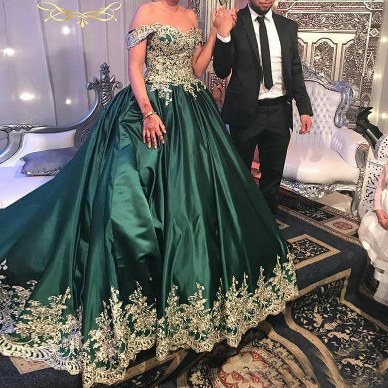 Vestido De Noiva Green Ball Gown Off the Shoulder Satin Wedding Dresses Bridal Gown Gold Appliqued Sequin Robe De Mariee