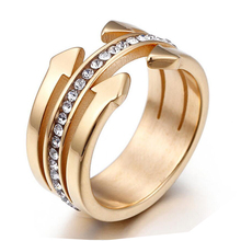 Fashion Nail Rings Simple Designer Gold Color Micro Pave Crystal Nails Stainless steel Wedding Ring Women Jewelry