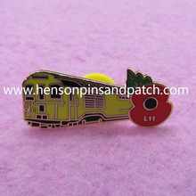 Customized 2017 imitation hard enamel yellow train poppy pin badge