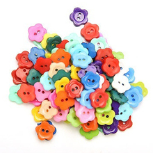 100 Pcs/lot Plastic Buttons Sewing DIY Craft decals for Children Color:Multicolor(China)