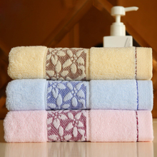 34*75cm Embroidered Twill Soft Cotton Face Flower Towel Quick Dry Beach Towels