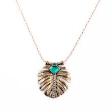 Vintage Green Leaf Pendant Necklace Gold Color Thin Chain Women All-match Accessories Long Style(China)