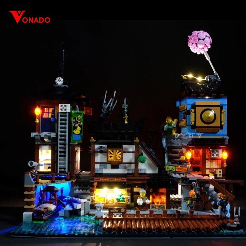 Led Light Set Lego 70657 lego Ninjago City Docks Set Building Blocks Bricks Toys (LED light+Battery box)