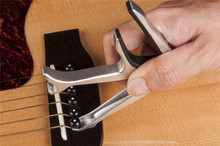 JOYO JCP-02 Durable Silver Metal 3 In 1 Multifunction Guitar Capo Bottle Opener Guitar Bridge Pins Puller&JOYO Jazz Guitar Picks