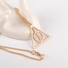 10pcs / lot Europe Harry Potter Necklace Rotate Deathly Hallows Pendant Friendship Valentine Gift Best Friend Necklace