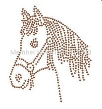 500Pcs/Lot Fashion Horse pattern hotfix rhinestones transfers iron on motif For sewing accessories korean glass rhinestone