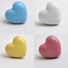 one Piece Heart Ceramic Door Knob Cartoon Furniture Cupboard Cabinet Drawer Pull Hanle for Children Room Pink/White/Blue Yellow