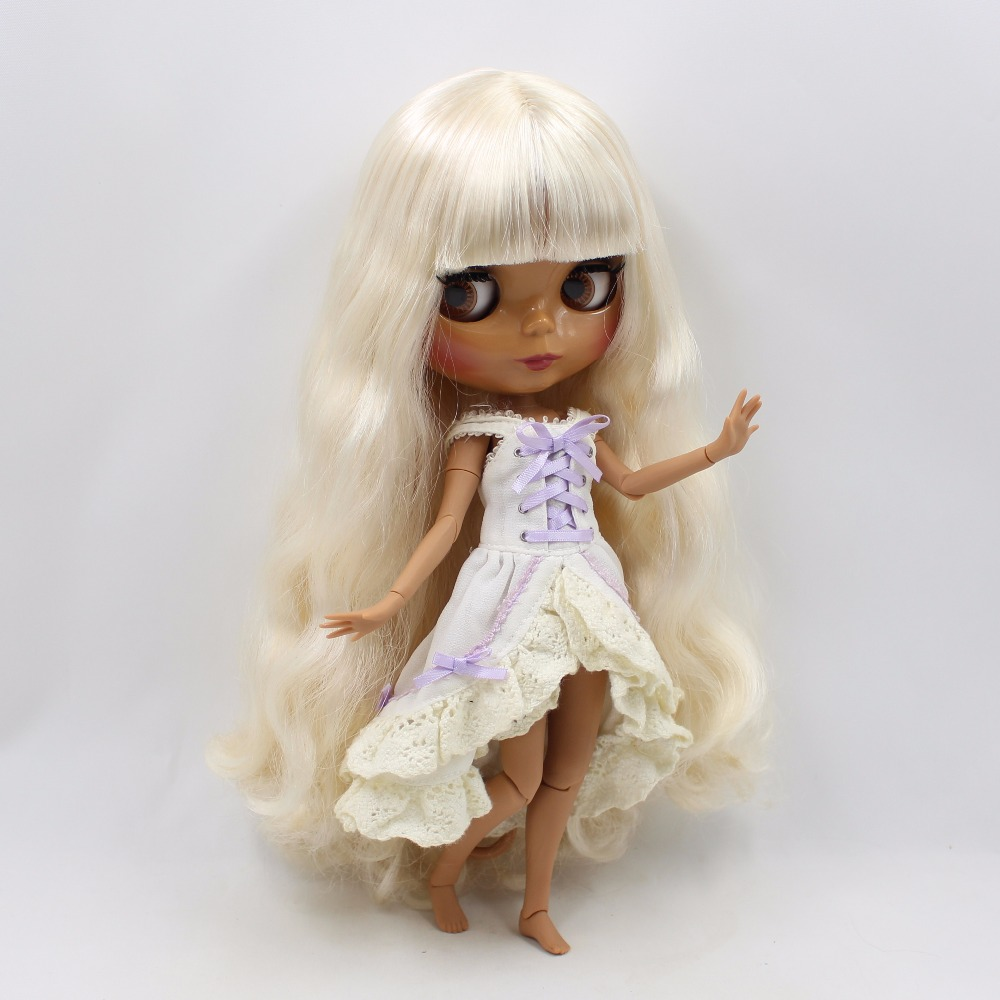 Neo Blythe Doll with Blonde Hair, Dark Skin, Shiny Face & Jointed Body 2