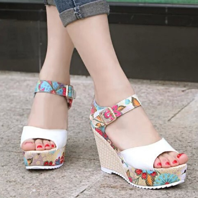 New 2016 Fashion Womens Wedges Sandals Ladies Open Toe High Heel Platform Wedge Sandals Sweet Flower Shoes For Women<br><br>Aliexpress