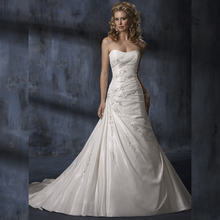 Beaded Taffeta Wedding Dress Factory Custom Make Classic Style Semi-sweetheart neck Taffeta A line High Feedback Store