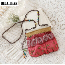DIDA BEAR 2017 New Boho Bohemia Exotic Floral Straw Weave Strap Cloth Handbag Beach Messenger Bag Small Crossbody Bags Red Blue(China)