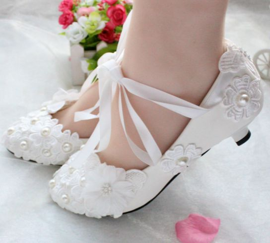 Low heels womens wedding shoes white light ivory bridal pump shoe  ribbons lace flower pearls womens brides pumps<br><br>Aliexpress