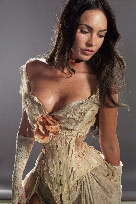 Imagini pentru Megan Fox sexy