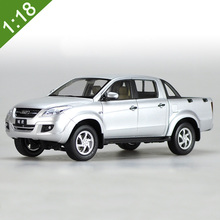 High simulation 1:18 ISUZU D-MAX Alloy Pickup truck Model Metal Die cast Car Toy For Kids Gifts Toys Collection