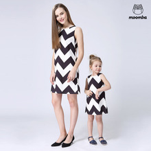 2017 mom daughter family matching outfits fashion vest woman baby girl dresses Children's clothing sleeveless Black and white A