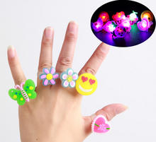 50PCS LED Glowing Finger Rings Silicone Finger Rings With Retail Box Cartoon Kids Children Toy Jewelry Party Birthday Supplies