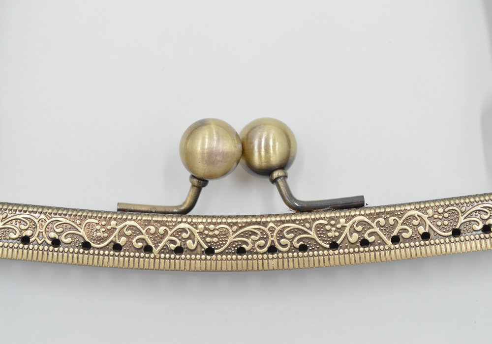 Metal Purse frame Kiss Clasp DIY accessories Coin Purse  antique brass