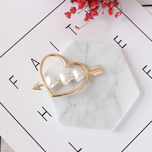 Free shipping women fashion new jewelry Fashionable Girl Retro Peach Heart Arrow Exclusive Hair Clip Design