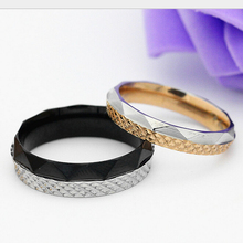 Retro Rose gold carved stainless steel ring men and women couple rings