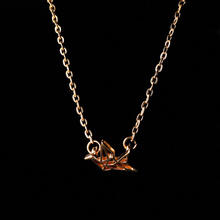 Gold/Silver Origami Crane Chain Pendant Necklace for Women Simple Style Origami Bird Animal Couple Lovers Necklace Jewelry