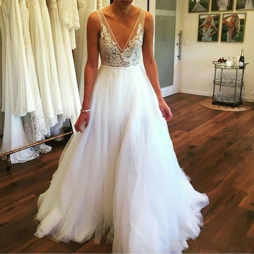 2019 Sexy Deep V Neck Beach Wedding Dresses Sheer Lace Appliques Floor Length Tulle Plus Size Custom Made Summer Bridal Wedding