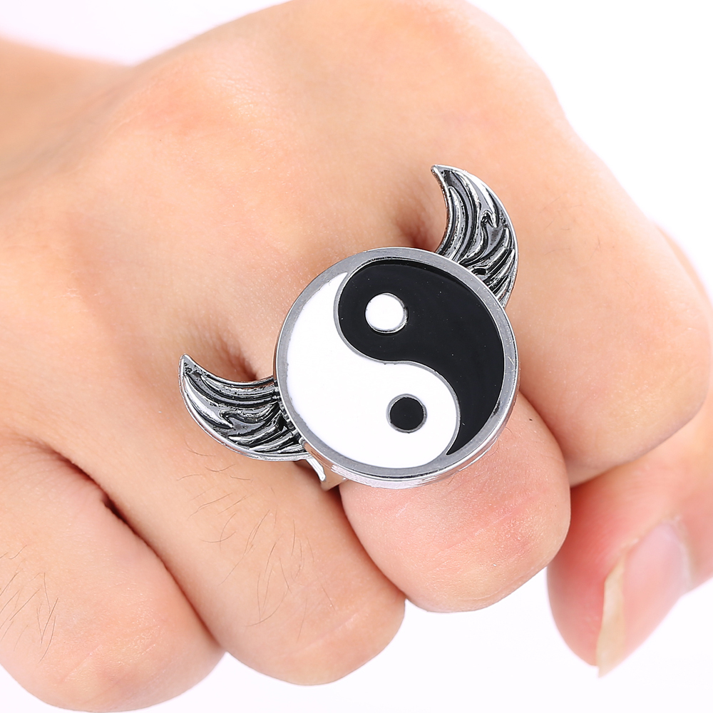 J Store Tai Chi YIN YANG Logo Naruto Rings Chinese Movie Kung Fu Panda Black White Ring Fashion Fans Jewelry Accessories(China (Mainland))