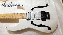Double Rock 24 frets pure white stardard ibn electric guitar