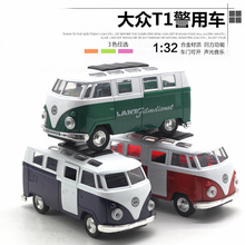 1:32 Van fire express car, car alloy model that restore ancient ways, children's toys, Pull Back alloy car modelLight and sound(China)