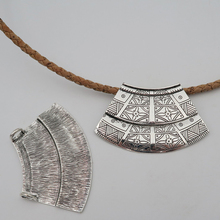 5 units antique sliver sector statement Necklace pendant jewelry finding suppliers D-3-79(Portugal)